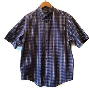 Roundtree & Yorke travel smart button down shirt
